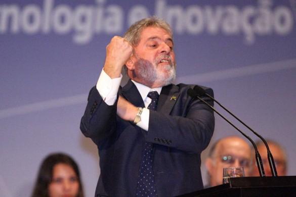 Lula-manda-banana